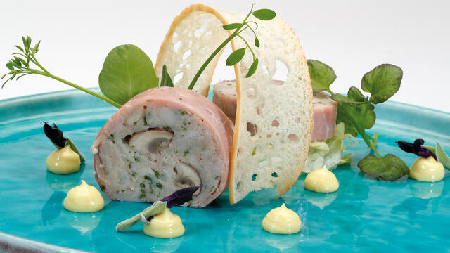 Ballotine of chicken, ham and Limburg cave champinons