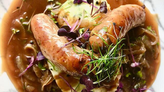 Worstjes en aardappelpuree