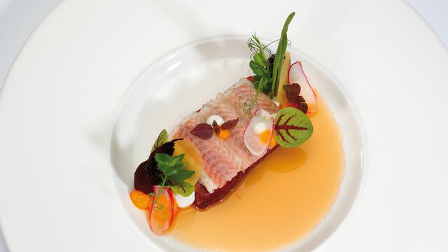 Buikspek van het Livar en gerookte paling van de Rijpelaal
