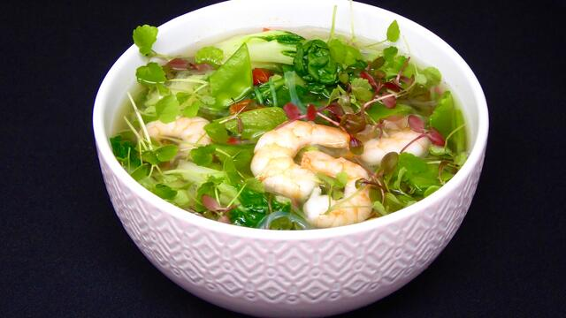 Prawn and chilli noodle soup