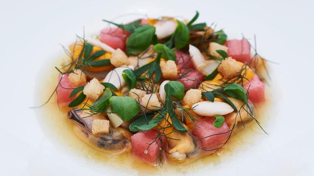 Escabèche de moules de bouchot, amande, Sea Fennel, Basil Cress