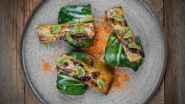 Chard-peach pillows with grilled chard sticks, chermoula and Vene Cress