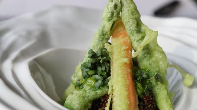 BroccoCress vegetables tempura, quinoa with Chilli Cress dressing