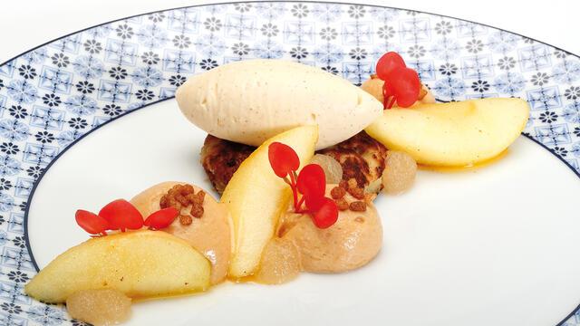 Wentelteefjes van Fries suikerbrood met Schone van Boskoop