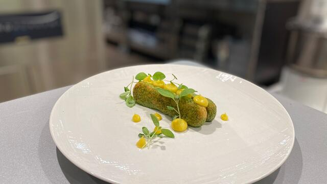 Lange vinger, Wheat Grass, custard, Limon Cress en Anise Blossom