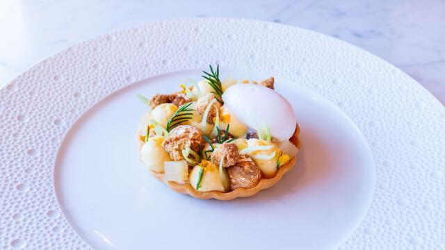 Lemon meringue pie, Anise Blossom