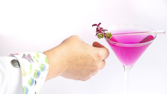 Scarlet Vodkatini