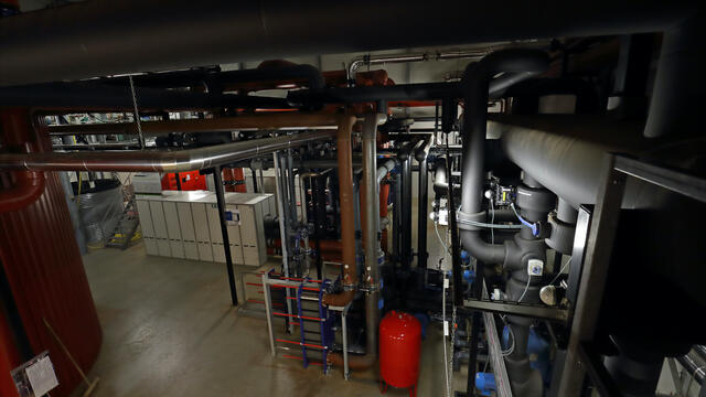 Heat and cold storage below ground