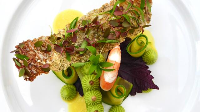 Garnaal, avocado en venkel met havercracker