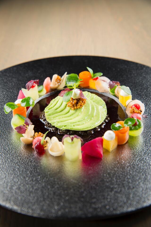 Pickled vegetables, beluga lentils and avocado
